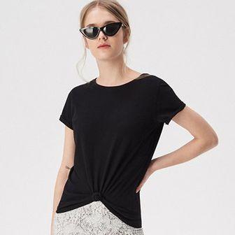 Sinsay - Gładki t-shirt - Czarny