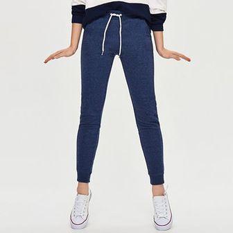 Sinsay - Dresowe spodnie - Granatowy