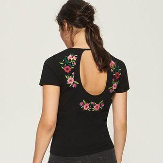 Sinsay - T-shirt z haftowanymi kwiatami - Czarny